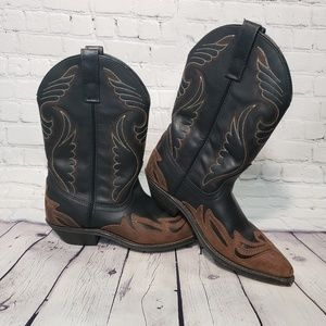 Cowgirl Boots Brown and Black size 9